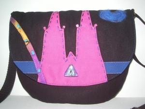 LILO  Kleine schwarze Umhängetasche mit Kölner Dom Motiv in pink - Handarbeit kaufen