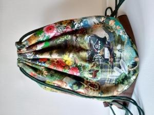***HEIDI*** Schöner bunter Rucksack/Turnbeutel mit großer Außentasche