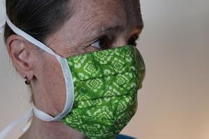 Mit Bindebänder , Alltagsmaske waschbar, Multifunktions-Mund-Nasenabdeckung  /verstellbar /  waschbar / verschiedene Farben +++ Maske 002 +++ - Handarbeit kaufen