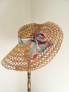 Sommer Strohhut mit Seidenband,  hochwertiges Einzelstück, individualisierbar