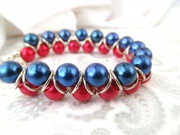 Handgemachtes Armband in Rot Blau