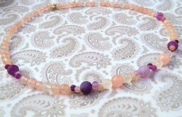 Handgemachte Halskette Rosenquarz