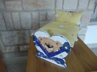 Puppenbett mit Bettwäsche Holz 32/22/20 cm Handarbeit