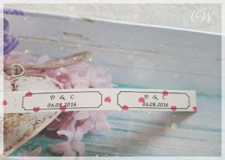 Etiketten/Sticker mit individuellen Text schwarz auf weißen Grund mit rosa Herzen