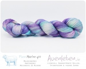 ☆ Schmetterlingsflieder ☆ Pure Merino 400 Mulesingfrei 4Ply ༄ 100g / 400m - Handarbeit kaufen