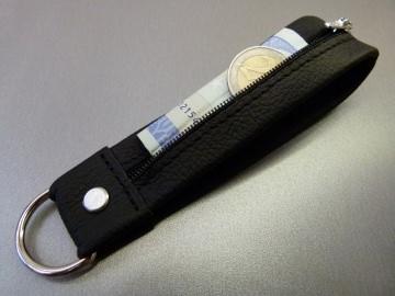 Schlüsselanhänger in Leder mit Geldtasche und D-Ring
