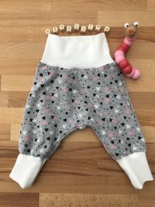 Babyhose ♥ Pumphose  Gr. 74 - 98  **Herzchen**