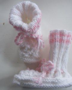 ♥Babystick Schuhe handgestrickt mit einer Sohllänge von 10,5 cm♡