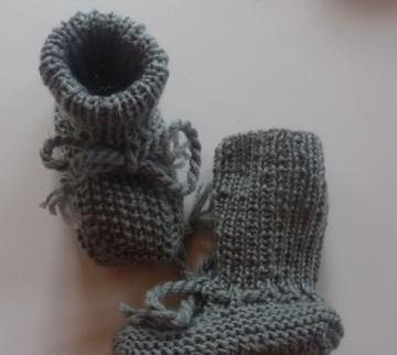 ♥Babystick Schuhe handgestrickt mit einer Sohllänge von 9,5 cm♡