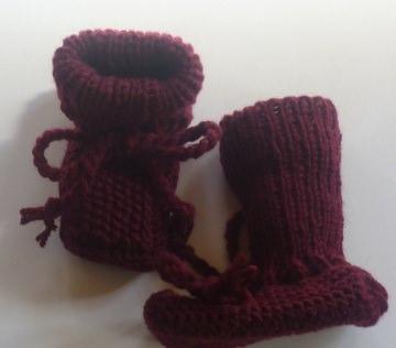 ♥Babystick Schuhe handgestrickt mit einer Sohllänge von 9,5 cm♡ (Kopie id: 42709)