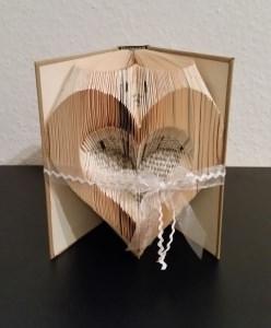 Herz - gefaltetes Buch, Buchkunst, Shabby, Hochzeit, Geburtstag