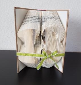 Zahl 18, gefaltetes Buch, Buchkunst, Geburtstag