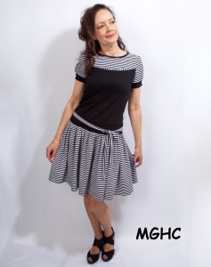 Kleid Marie Streifen schwarz weiss traumhaftes Sommerkleid im Blumenmuster aus Baumwolljersey in Gr. XS-XL  bestellen