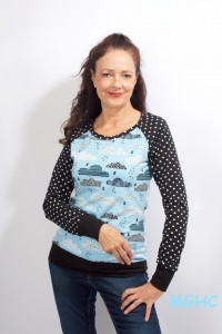 Longsleeve  TESSI Wolken Tupfen hellblau Gr. 36 (S) aus hochwertigen Baumwolljersey Damen