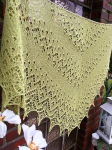 Lacetuch *LACEY* gestricktes Schultertuch in lime