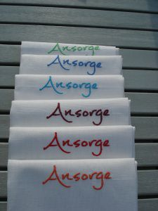 Halbleinen Geschirrtuch bestickt mit Namen oder Monogram