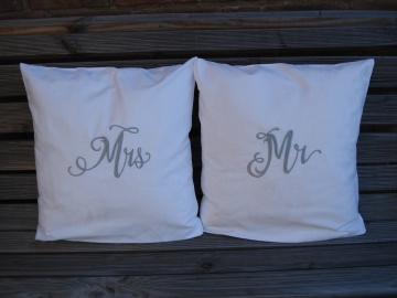 Hochzeitsgeschenk Partnerkissen Mr. & Mrs.