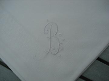 Weiße Damast Stoffserviette mit Monogramm - Hochzeit