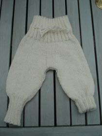 Strickhose für Babys Gr. 0 - 3 Monate / 50 - 62