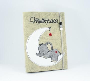 Bestickte Mutterpasshülle • Elefant auf Mond • Umschlag • Filz • Holzperlen •