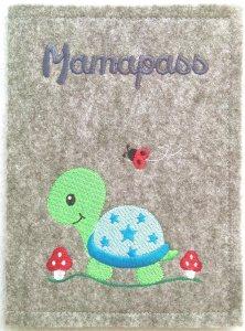 Bestickte Mutterpasshülle • Baby Schildi Schildkröte • Umschlag • Filz •