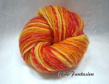 Handgesponnene, handgefärbte Wolle mit Farbverlauf, 70g Merinowolle
