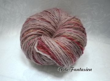 Handgesponnene und handgefärbte Wolle mit Farbverlauf, 97g Merinowolle