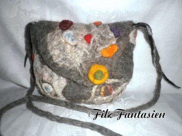Handtasche, Filztasche, Tasche, Abendtasche, bestickte Tasche, gefilzte Tasche mit Filznuggets