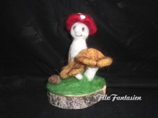 Herbstdeko, Filzfigur Fliegenpilz, nadelgefilzte Figur, Tischdekoration, Jahreszeitentisch, Pilz