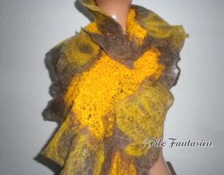 Handgestrickter Schal mit Merinowolle befilzt, gefilzter Schal, Strickschal, Filzschal