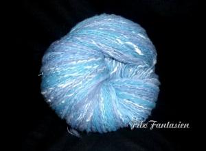Art Yarn handgesponnen und handgefärbt, 160g handgesponnene Merinowolle mit weißer Seide, Wolle, Strickgarn, gesponnenes Garn in Blau-Grau
