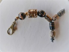 Schlüsselanhänger Taschenanhänger im Schwarz Kupfer Perlenmix