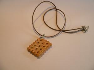 Kette Butterkeks modelliert aus Fimo Polymer clay   Halskette
