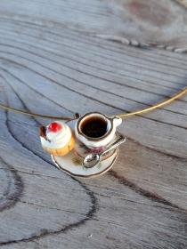 Halsreif Kaffee und Törtchen, Collier, Kette mit Anhänger  Puppenstubenschmuck - Handarbeit kaufen
