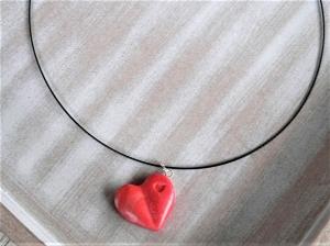 Halsreif Herz rot modelliert aus Fimo Polymer Clay Valentinstag - Handarbeit kaufen