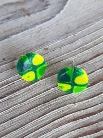 Ohrstecker Klimtstyle aus handmodellierten Perlen in gelb und grün Fimo Polymer clay   - Handarbeit kaufen