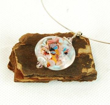 Collier Kette mit Glasanhänger und eingeschlossenen Blumen