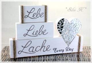 4 tlg.Holzdekoration Lebe, Liebe, Lache, 3 Holzklötze & ein Herz mit Spiegelmosaik