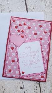 Valentinskarte mit einem traumhaften Spruch über die Liebe