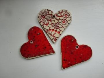 Keramikherzen rot, 3er-Set, Geschenkanhänger, Deko - Handarbeit kaufen