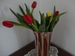 Vase Amaryllis, Straussvase, braun-weiß