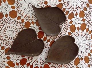 Keramikblätter, 3er-Set,dunkler Ton - Handarbeit kaufen