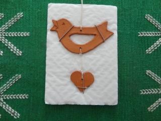 Vogel mit Herz, Keramikanhänger