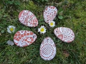 Eier aus Keramik, Spitzenwerk, 5er-Set - Handarbeit kaufen