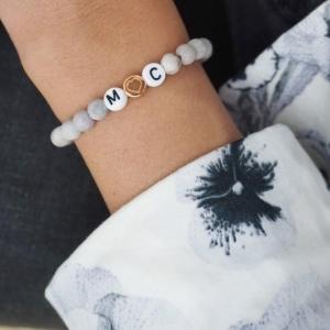 Initialen Armband mit steinperlen