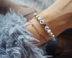 initialen Armband mit natursteinperlen