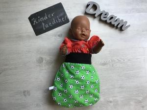 Puppenschlafsack Puppenmutter  Pucksack Frühchen  Geschenk - Fußball grün - Handarbeit kaufen