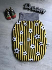 Pucksack Schlafsack Fußsack Baby  ungefüttert - Fußball gelbweiß  - Handarbeit kaufen