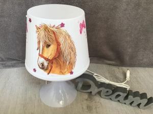 Nachttischlampe Kinderlampe  Lampe Baby -  Pferde Schmetterlinge - Handarbeit kaufen