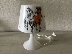 Nachttischlampe Kinderlampe  Lampe  Unikat - Pferde mit Regenbogen - Handarbeit kaufen